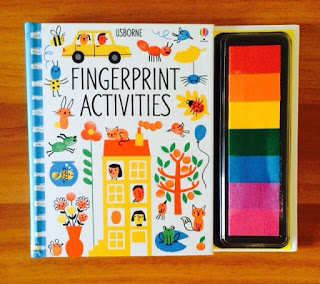 Distractie cu amprente colorate – Usborne Fingerprint Activities
