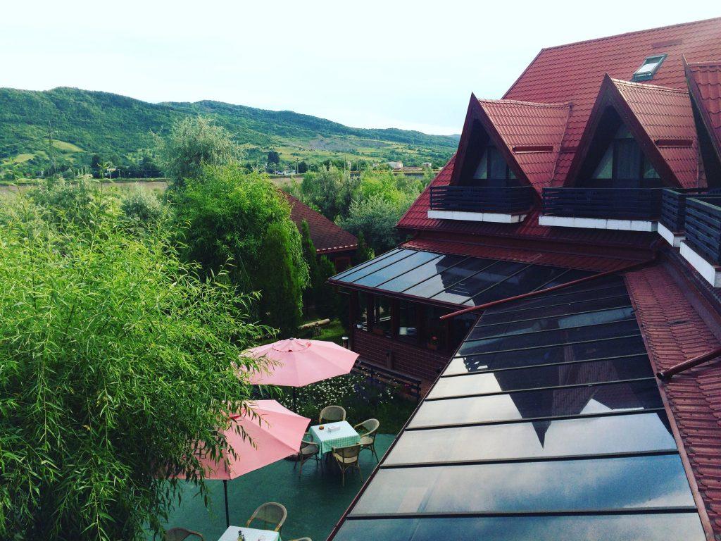 Vedere de pe terasa pensiunii
