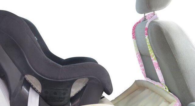 Cum imprietenim copilul cu statul in scaunul de masina