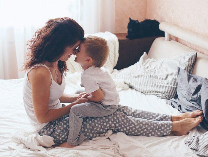 Cum putem deveni parintii blanzi si empatici de care copiii nostri au nevoie