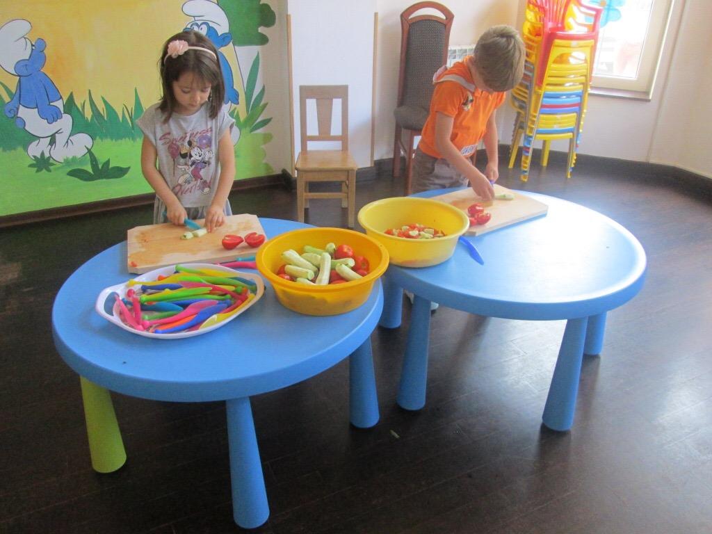 Obiceiurile alimentare sanatoase se invata din copilarie (un mesaj de la copii despre mancarea sanatoasa)