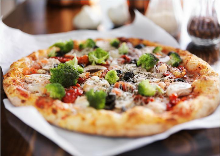 O reteta simpla si jucausa de pizza facuta in casa