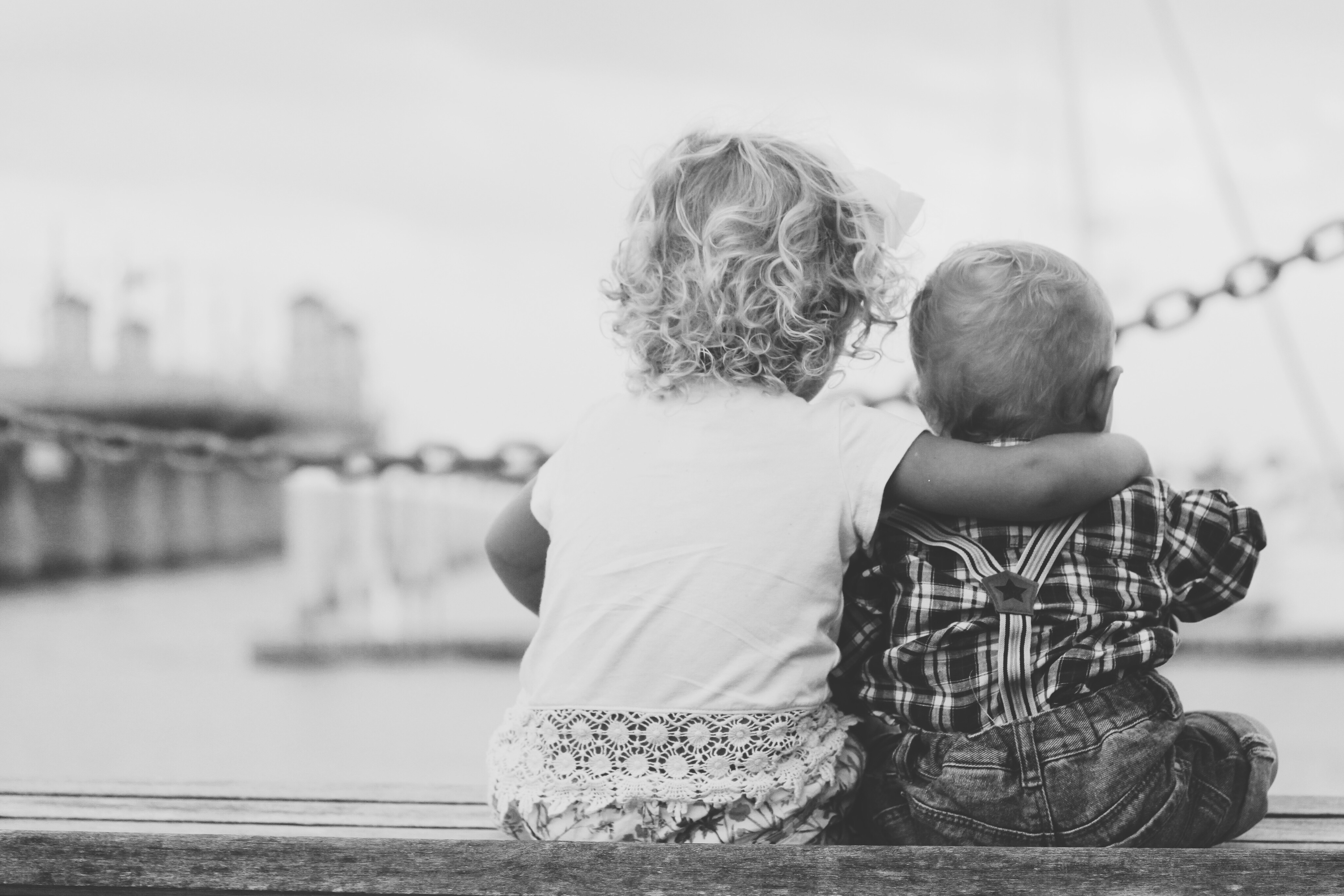Cand un alt copil se poarta urat cu copilul meu (si invers) – abordarea noastra
