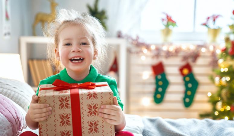Idei de cadouri de Craciun: Un ghid cu idei minunate pentru cadourile celor dragi